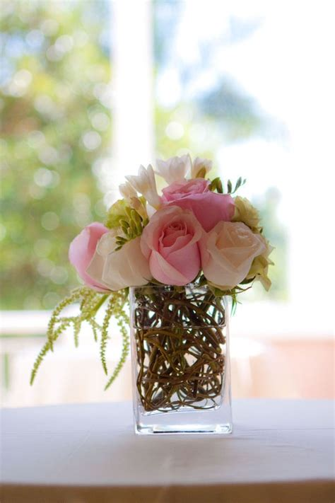 simple flower arrangements for tables the bridal suite bermuda www bridalsuitebermudaweddings com