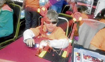 imagenes niños de un año un ni 241 o ciego de 10 a 241 os aprende a construir robots en