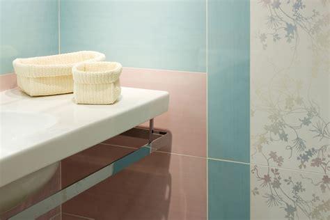 badezimmer fliesen malen wand in pastellfarben ideen zum mischen malen