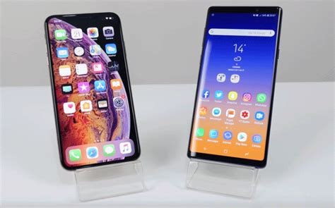 iphone xs max destroys galaxy note    real life