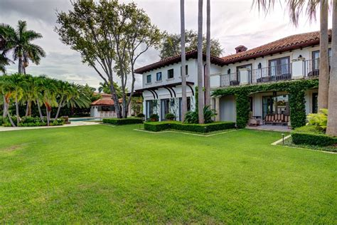 15 pine tree 40 achingly tour pudge rodriguez s dreamy ex miami mansion that