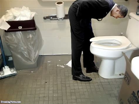 Obama Bathroom by Who Genuflects Kowtow S And Bow S To More