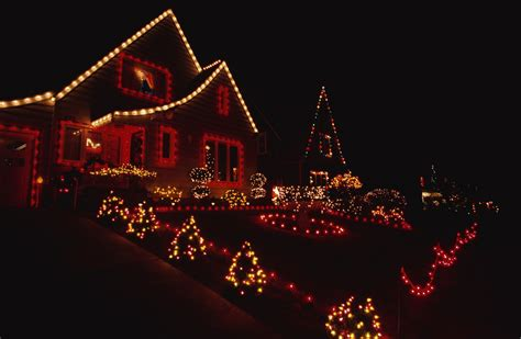 the best u s neighborhoods to see holiday lights in 2014