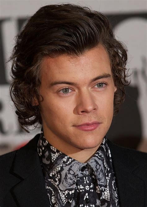 how old is harry styles 2015 one direction star harry styles idol mick jagger takes