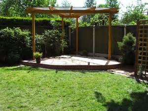 Triangular Shaped Garden Design Ideas Corner Pergolas Triangular And Semi Circular Corner