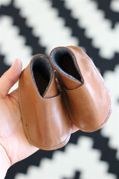 diy leather shoes modern diy leather baby boy boots free pattern tutorial