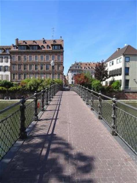 Pave Exterieur 1905 by La Passerelle De L Abreuvoir Strasbourg 67 67000 Http