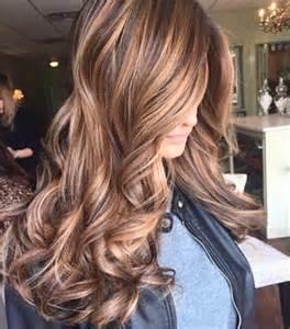 hair color highlights brown hair with caramel highlights hair