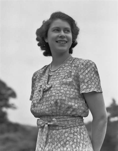queen elizabeth 2 how old was elizabeth ii when she became queen popsugar