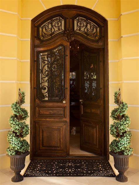 front door home sweepstakes front door and plant color combos hgtv