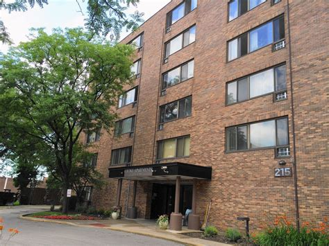 low income housing in chicago arlington heights pledges funds for low income housing chicago tribune