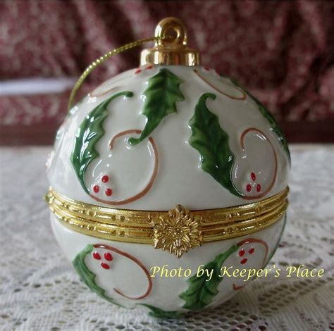 porcelain hinged ball ornament trinket treasure box ring