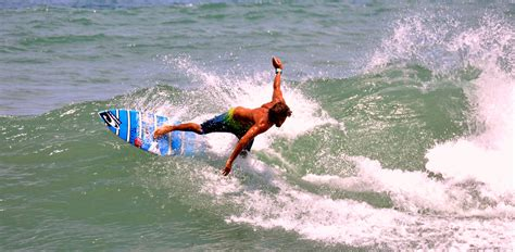 backyard surf costa rica picture of the day backyard surf contest in