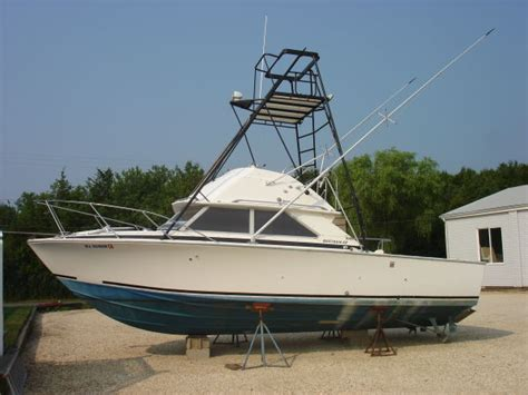 outboard motor repair racine wi 1976 28 bertram sf restore page 1 iboats boating