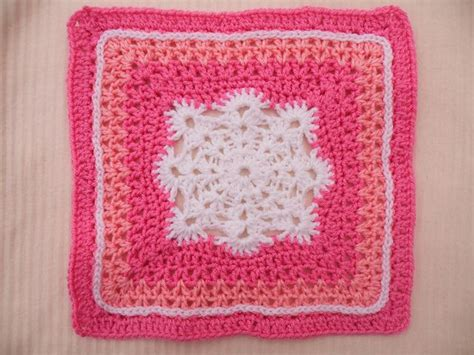 pattern for snowflake granny square woollys snowflake square pattern by letitia sherriff