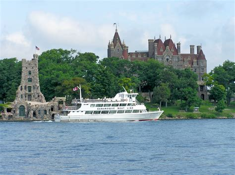 can you drink on a boat in ontario gananoque s 1000 islands more than a salad dressing eat