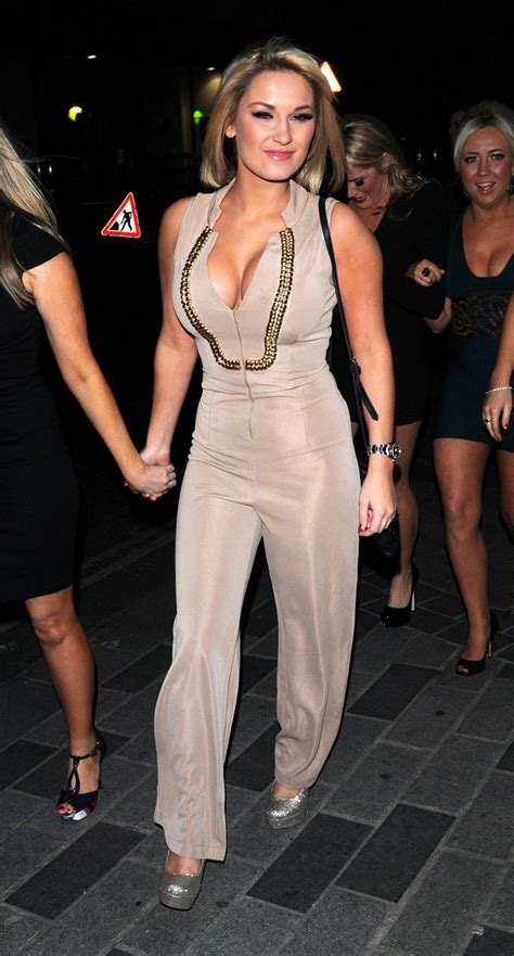 dolls house club sam billie faiers arriving at dolls house club london 25th february 2012