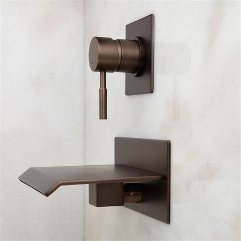 how to clean oil rubbed bronze bathroom fixtures clean oil rubbed bronze bathroom faucet cablecarchic