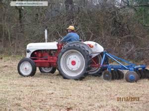 Ford Farm Tractors Ford 9n Farm Tractor