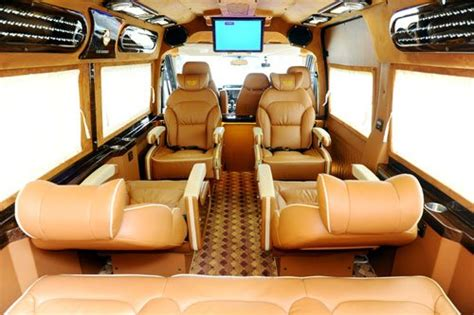 luxury limo rental d car limousine rental da nang city danang car rental