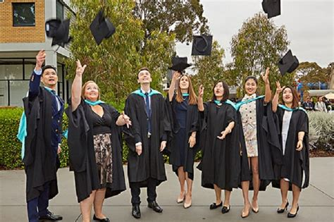 Lvc Cost Of Mba Program by Bachelor Of Business In Southern Cross Fees