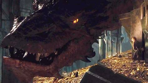 desolation of smaug benedict cumberbatch behind the scene the hobbit the desolation of smaug smaug is the hannibal