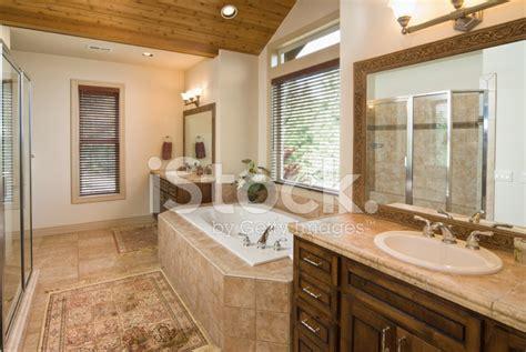 bagni moderni con vasca idromassaggio bagno moderno con vasca bagni moderni con vasca incassata