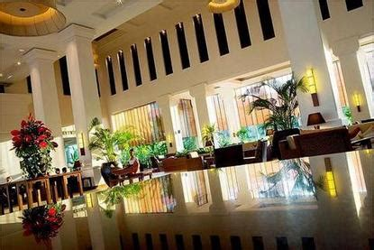 Hotel Packages From Le Meridien Angkor by Le Meridien Angkor Siemreab Deals See Hotel Photos