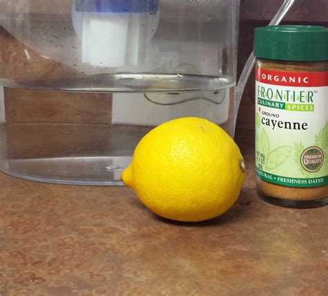 Detox Lemon Water Cayenne by Warm Water With Lemon And Cayenne Pepper Veg Bodybuilding