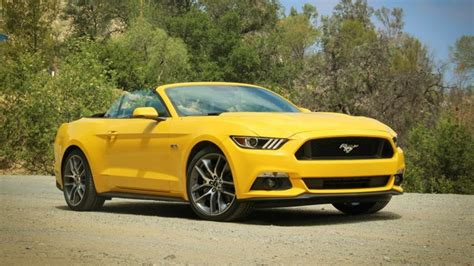 4 seater mustang 10 best 4 seater convertibles bestcarsfeed
