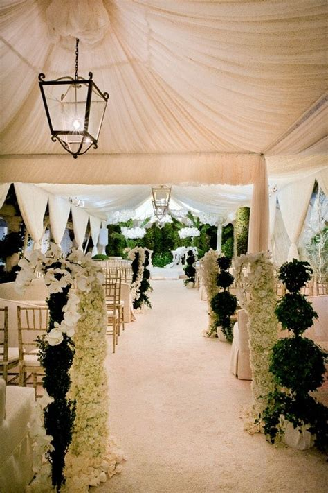 Wedding Aisle Decorations Indoor by 15 Gorgeous Aisles To Inspire Http Thebridaldetective