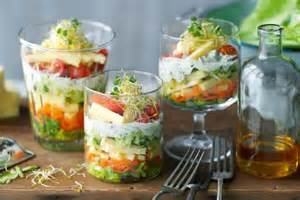 Maserati Salad Dressing Bunter Salat Im Glas Vorspeisen