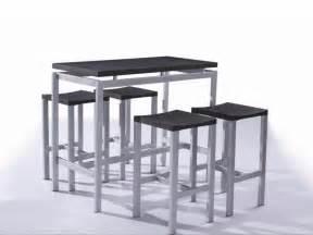 id 233 e tabouret et table haute