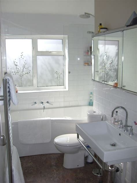 Small Bathroom With Window by 17 Insanely Clever Small Bathroom Hacks To Make It Larger