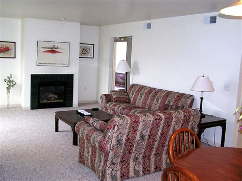 3 bedroom apartments in appleton wi rustic woods cground reviews condos for rent in