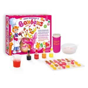 le kiosque 224 bonbons sentosph 232 re pour enfant d 232 s 7 ans