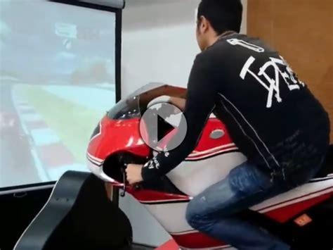 Motorrad Simulation by Motogp Ducati Motorrad Simulator Fit Durch Den Winter