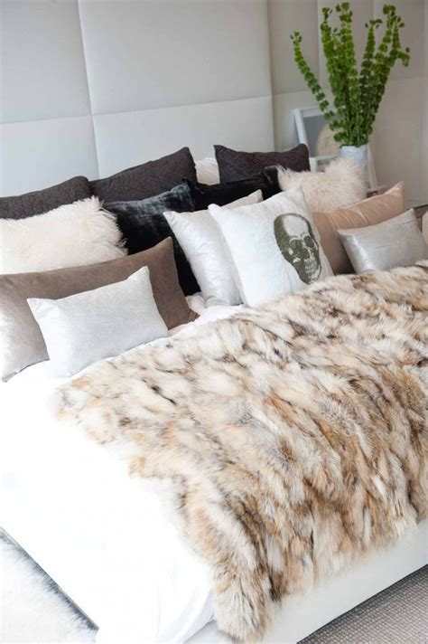 bedding throw pillows so cozy 313 love pinterest