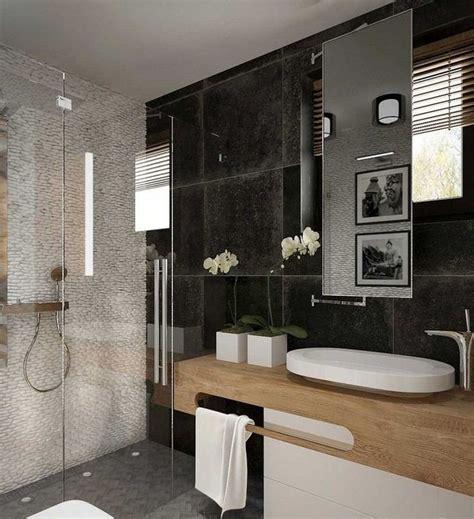 rote und schwarze badezimmer ideen wei 223 e kieswand schwarze wandfliesen und holz waschtisch