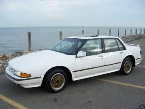 1990 Pontiac Bonneville 1990 Pontiac Bonneville 4 Dr Sse Sedan Pic 59465 171 171 Jesda