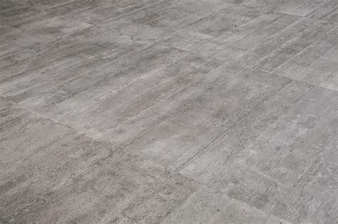 fliese 45x90 6 captivating concrete look tiles