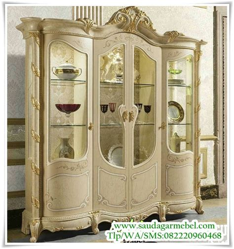 Lemari Retro Vintage Isi Gantungan 260 best all things european images on antique furniture furniture