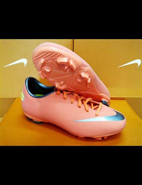 Sepatu Bola Kaki Nike sepatu sepak bola nike ajilbabcom portal pictures