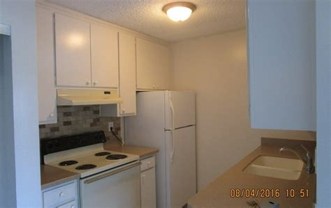 Apartments In San Diego Clairemont 4975 Clairemont Mesa Blvd San Diego Ca 92117 Rentals