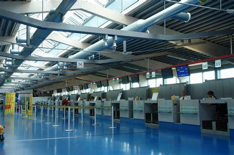 tegel terminal e als weiteres provisorium befindet sich das terminal d und