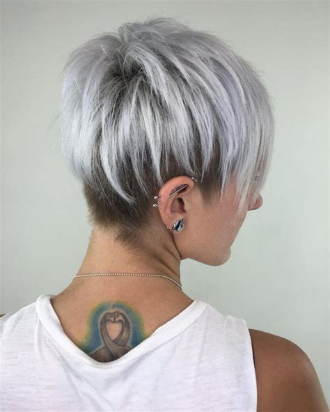 funky silver hair silver pixie cut with layered lowlights pinteres