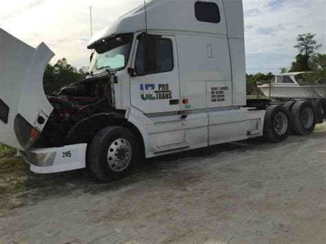 2006 volvo semi truck volvo vnl780 2006 sleeper semi trucks