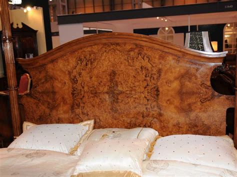 regency walnut queen size  poster bed bedroom furniture