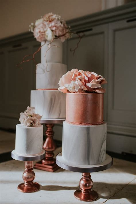 Wedding Trends : Marble Wedding Cakes   Belle The Magazine