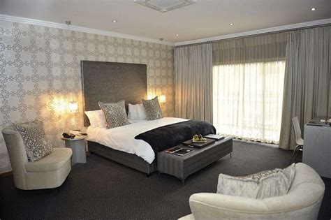Luxury Hotel Room by Hotel R Best Hotel Deal Site